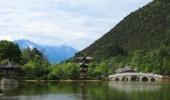 Lijiang, Altstadt, Schwarzer-Drachen-Teich, Baisha Fresken