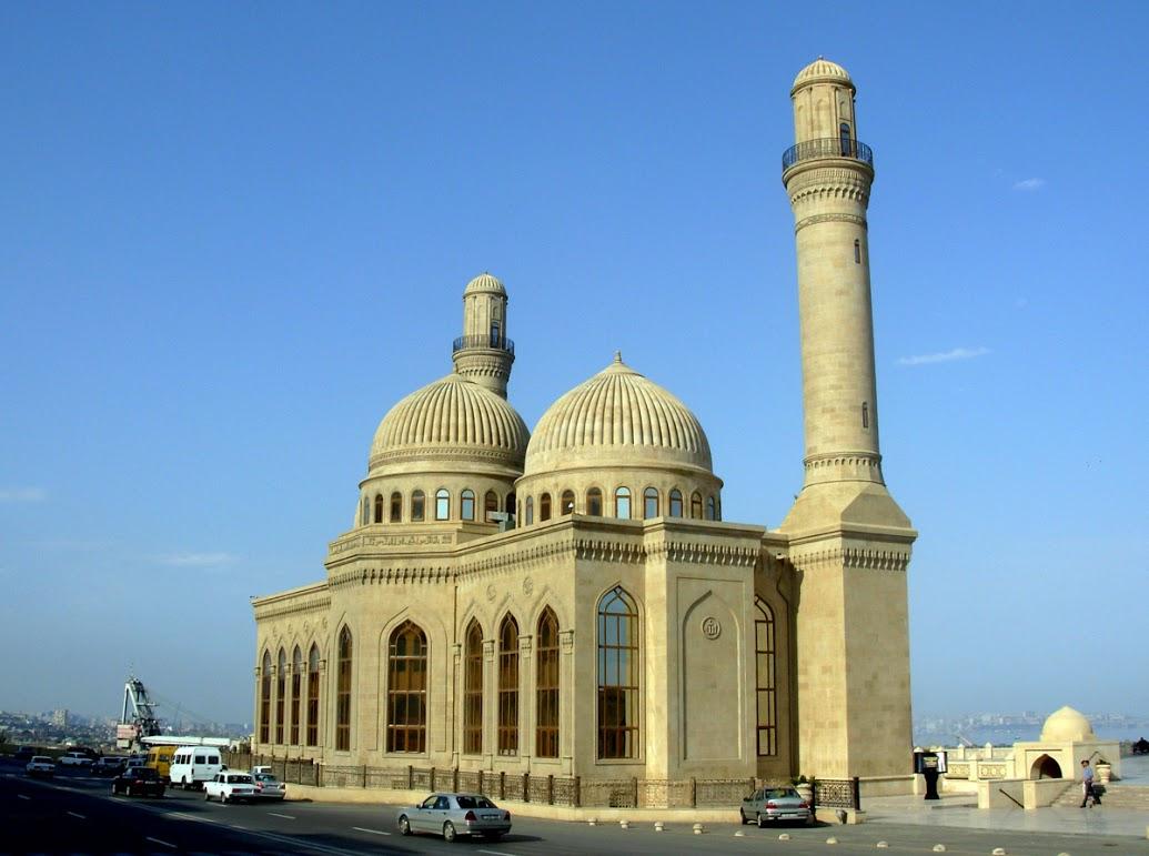 Bibi_Heybat_Mosque_Baku_1