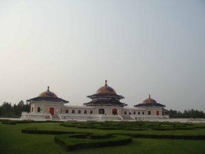 Innere Mongolei-Dongsheng-Grabmal von Tschingiskhan02klein