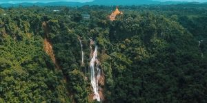 Pyin_U_Lwin,_Dat_Taw_Gaint_Waterfall-2