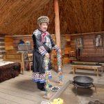 Schamane in Ust Orda, Sibirienklein