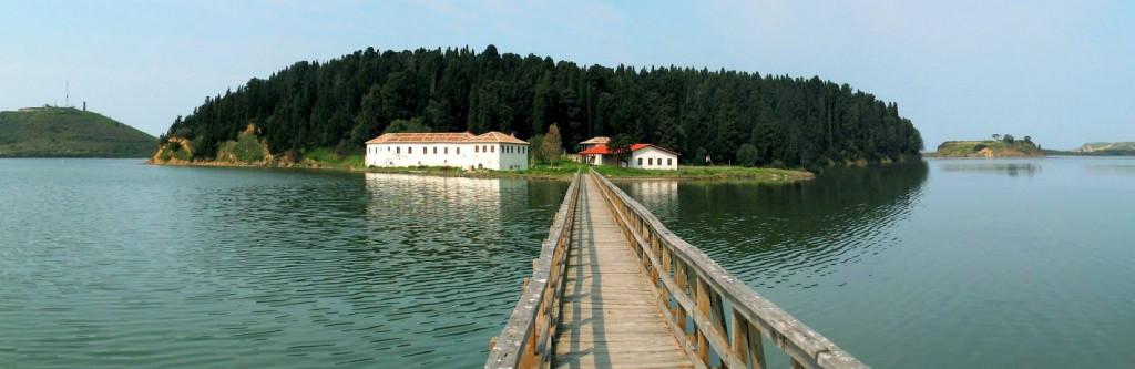 Insel Svernec Go East Reisen