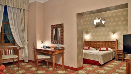 Zimmer_Schlosshotel_Zamek_Ryn