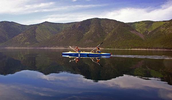 Kanu-Ausflug auf dem Baikalsee