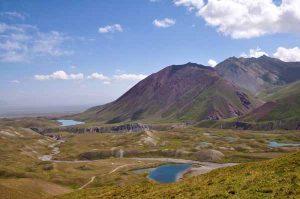 Bild zeigt Bergseen im Pamir Gebirge