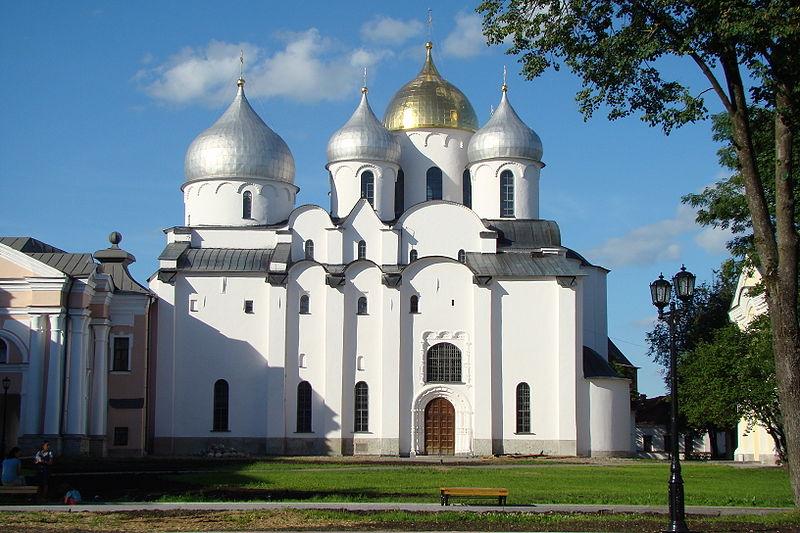 Entdecken Sie die märchenhaften Städte - Moskau, St.Petersburg und Weliki Nowgorod